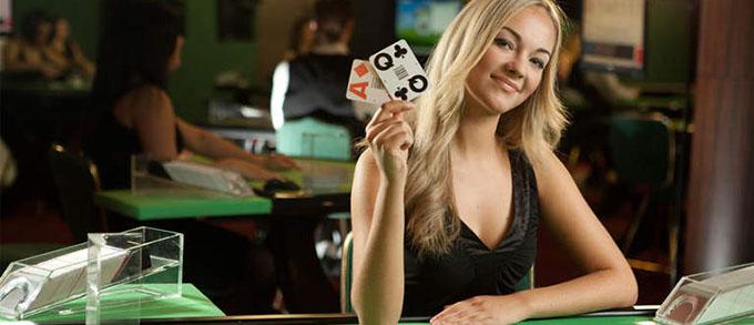 Croupier en Live au Casino en Ligne